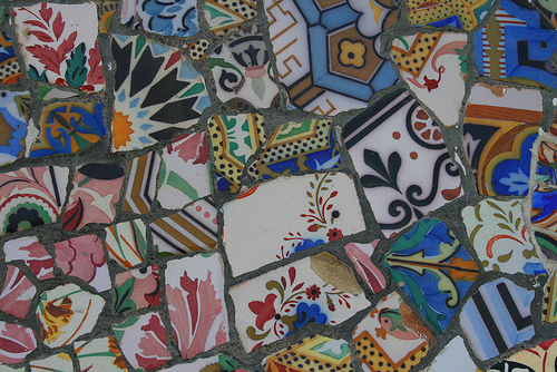 Trencadis trencadis - a second chance for bits and pieces of ceramics - what
