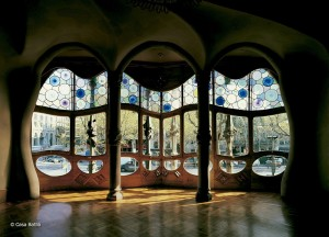 Daily-Sightseeing-Tour-The-Gaudi-Tour-Casa-Batllo-interior