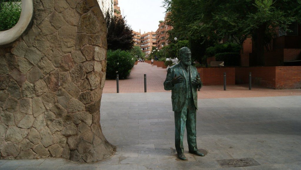 miralles-fence-gaudí-barcelona-monuments