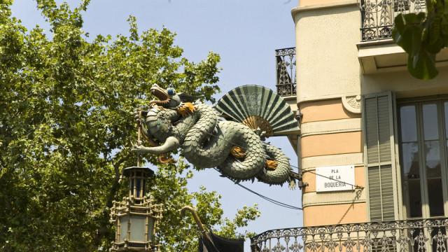 casa dels paraigues books barcelona