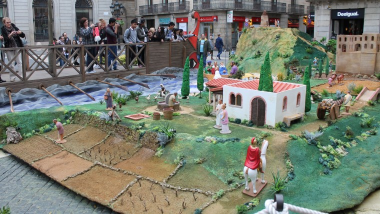 2015 Nativity Scene in plaça Sant Jaume is inspired in the Roman times - best christmas things to do in Barcelona