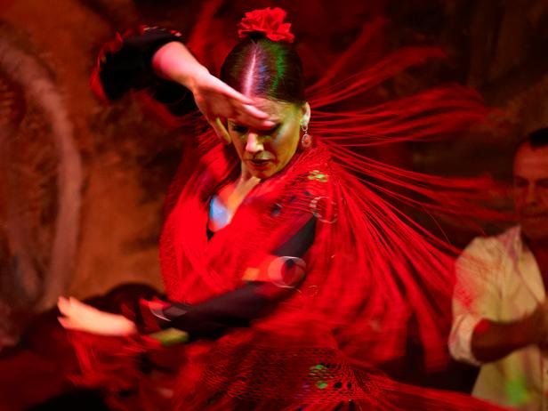 Rumba catalana a cheerful music that aspires to become for Espectaculo flamenco seville sevilla