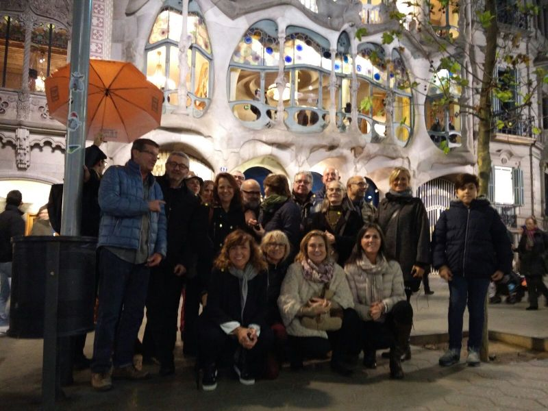 One of the groups waiting to visit Casa Batllo