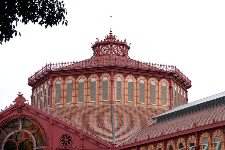 Beautiful building, Sant Antoni market
