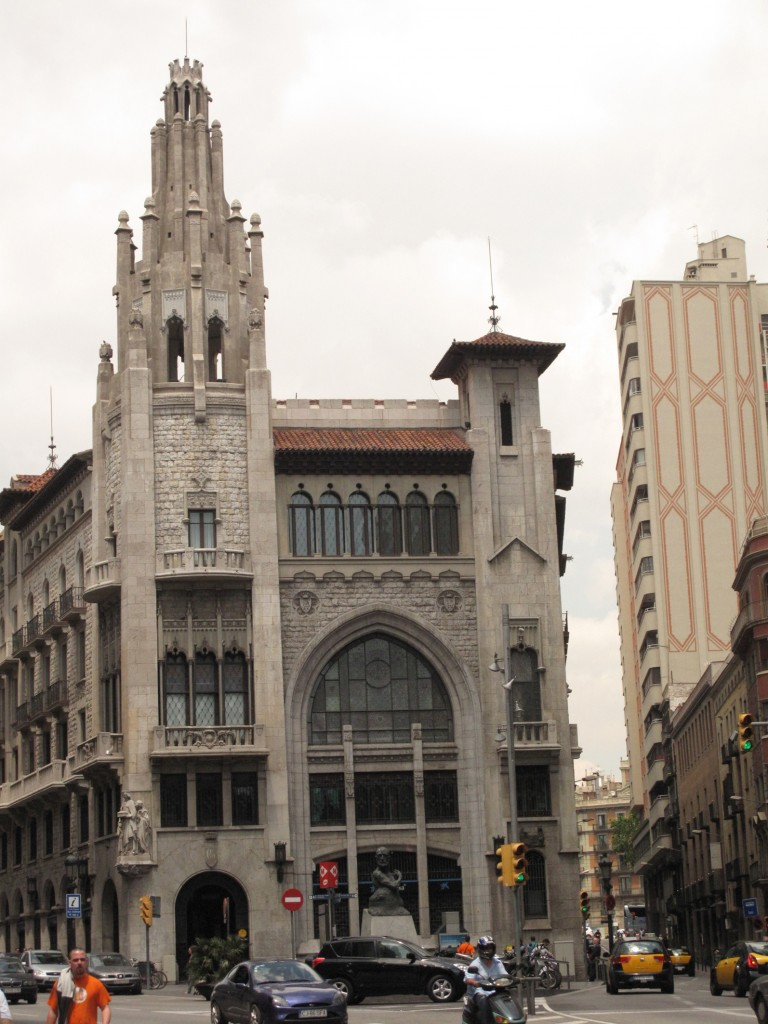 """Caixa de pensions"" neo-gothic style"