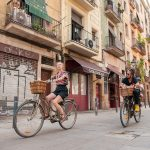 Bike ride ©Thingstodoinbarcelona_Wikimedia Commons