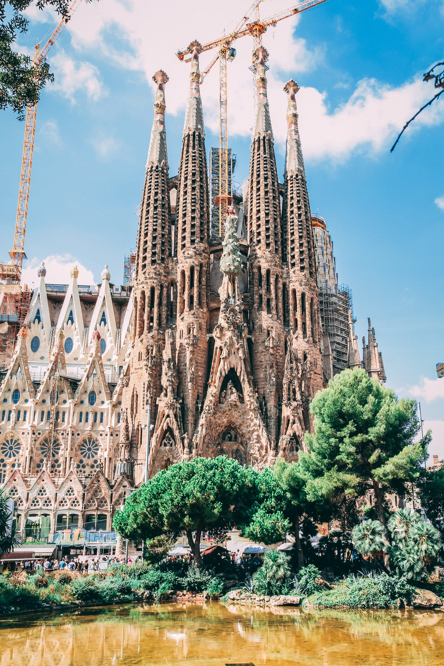 Where to Find Inspiration for Your Artistry in Barcelona ...